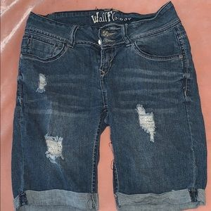 Wallflower Shorts - Lowrise denim shorts